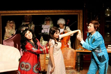 Minna Cheung (Pamela), Joyce Cece Chan (Henriette) and Joseph Lin (C.Y. Tang)